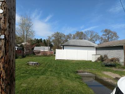 Wareham Single Family Home For Sale: 88 Choctaw Dr