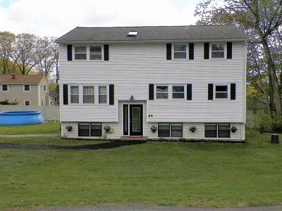 Billerica Single Family Home For Sale: 64 Rio Vista St
