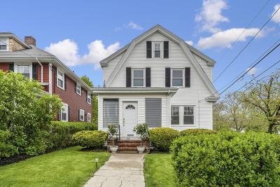 Quincy Single Family Home For Sale: 128 Greenleaf St