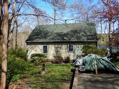 Falmouth Single Family Home For Sale: 8 Shallow Pond Ln