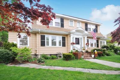 Medford Single Family Home For Sale: 20 Wyman Street