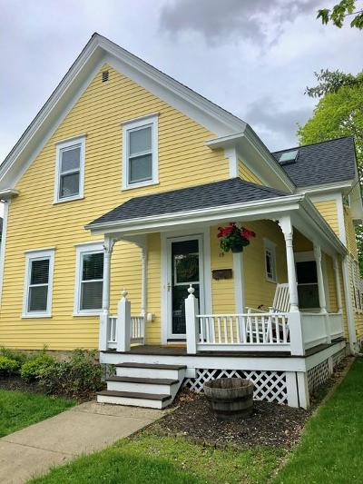 Mansfield Single Family Home For Sale: 15 Davis St