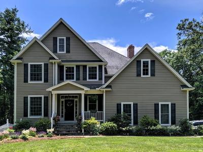 Uxbridge Single Family Home For Sale: 6 Mystic Valley Ln