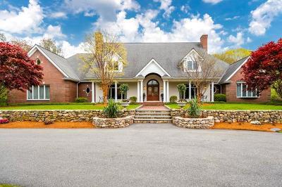 Burlington Single Family Home For Sale: 59 Lexington St.