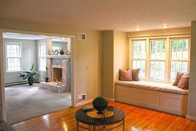 Raynham Single Family Home For Sale: 67 Cedarmill Dr