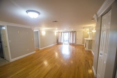 Medford Condo/Townhouse For Sale: 30 Revere Beach Pkwy #111