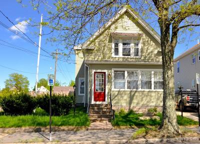 Quincy Single Family Home For Sale: 20 Penn St