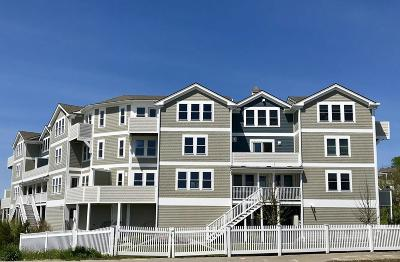Hingham, Hull, Scituate, Norwell, Hanover, Marshfield, Pembroke, Duxbury, Kingston, Plympton Condo/Townhouse New: 7 Bay Street #9