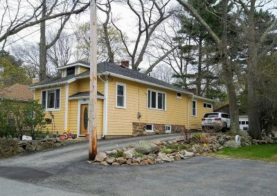Gloucester Single Family Home For Sale: 24 Clearview Ave