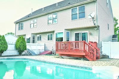 Revere Single Family Home Under Agreement: 131 Savage