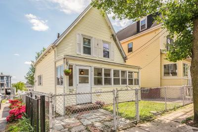 Somerville Single Family Home For Sale: 91 Heath St
