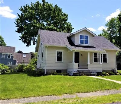 Needham Single Family Home For Sale: 28 Thorpe Rd