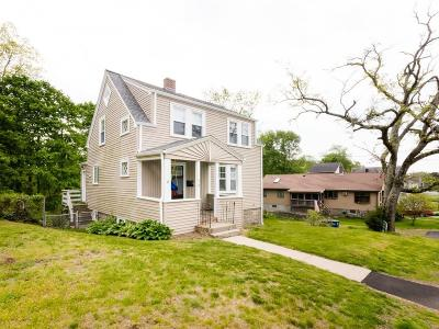 Braintree Single Family Home For Sale: 66 Bellevue Road