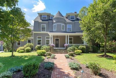 Hingham Single Family Home For Sale: 173 Main St