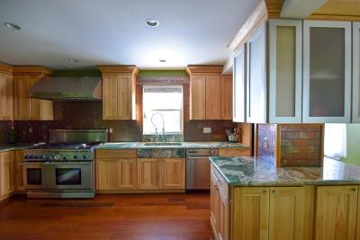 Newton Single Family Home For Sale: 76 Taft Ave