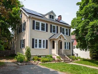 Wellesley Single Family Home For Sale: 52 Atwood St
