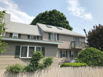 Lowell Single Family Home For Sale: 122 South Walker Street