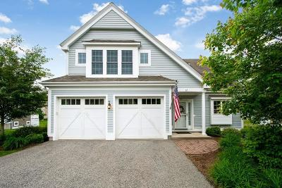 Duxbury Condo/Townhouse For Sale: 12 Carriage Lane #12