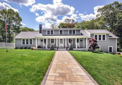 Duxbury Single Family Home For Sale: 29 Pine Ridge Ln