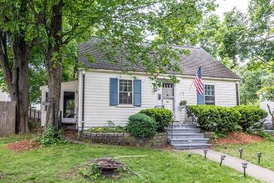 Stoneham Single Family Home For Sale: 31 Tremont St