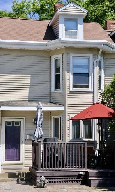 Newton Single Family Home For Sale: 17 Avon