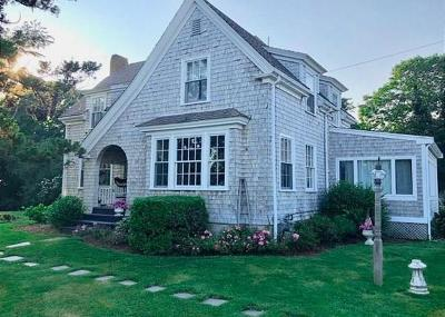 Single Family Home For Sale: 66 Fresh River Ln