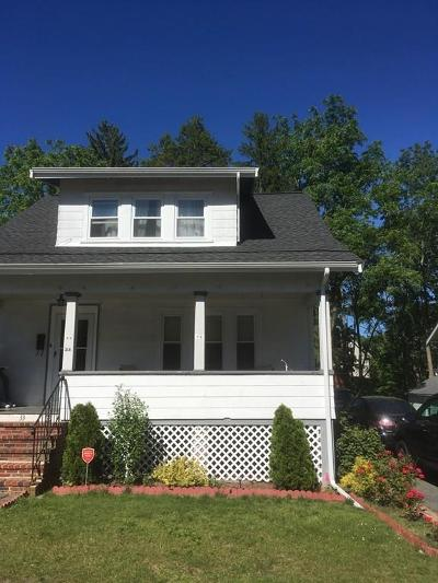 Brockton Single Family Home For Sale: 33 Overlook Ave