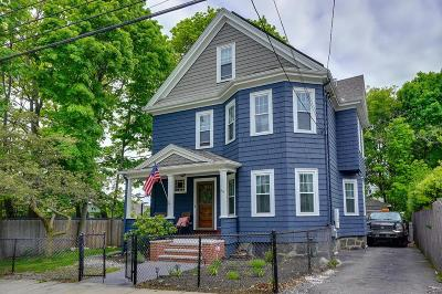 Single Family Home For Sale: 34 Hillsdale St
