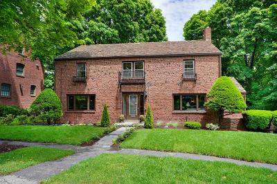 Arlington MA Single Family Home For Sale: $899,000