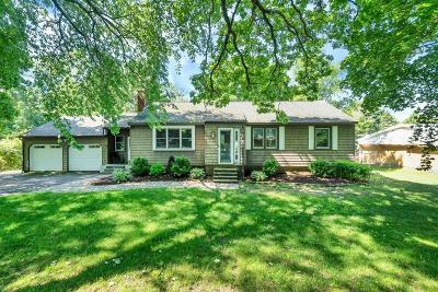 Wenham, Hamilton Single Family Home For Sale: 195 Topsfield Rd