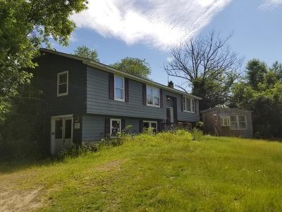 Blackstone Single Family Home Under Agreement: 161 Farm St