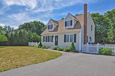 Taunton Single Family Home For Sale: 38 McIntosh Drive