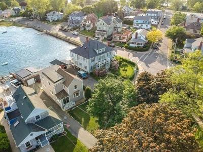 Salem MA Single Family Home For Sale: 38 Bay View Ave