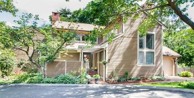 Brookline Condo/Townhouse Under Agreement: 11 Benjamin Place #11