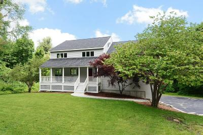 Southborough Single Family Home For Sale: 2 Hidden Meadow Ln