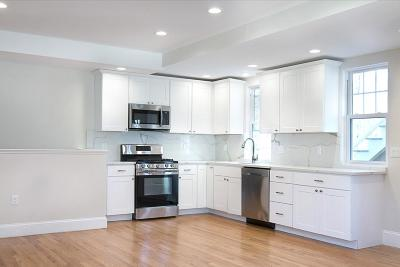 Wellesley Condo/Townhouse For Sale: 121 Washington #A