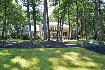 Sudbury Single Family Home For Sale: 51 Shadow Oak Drive