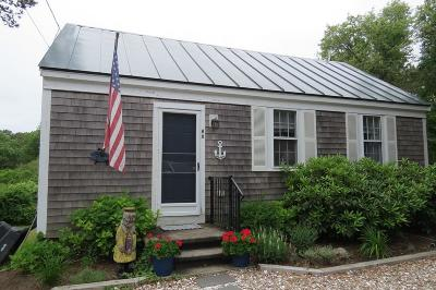 Chatham Single Family Home For Sale: 60 Snow