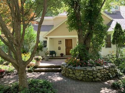 Lincoln Single Family Home For Sale: 146 Sandy Pond Road