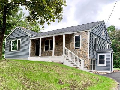 Woburn Single Family Home For Sale: 15 Pheasant Lane