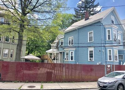 Multi Family Home For Sale: 54 Creighton St