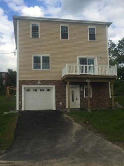 Fall River Single Family Home For Sale: 326 Draper Street