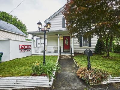 Lowell Single Family Home For Sale: 694 E Merrimack St