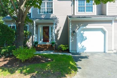 Waltham Condo/Townhouse For Sale: 133 Bishops Forrest Drive #133