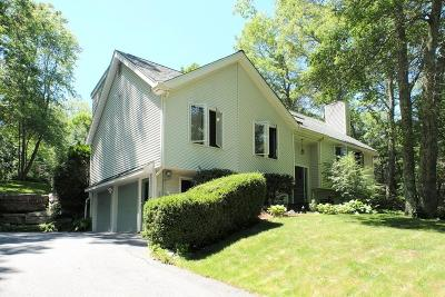 Northbridge Single Family Home For Sale: 63 Moon Hill Rd
