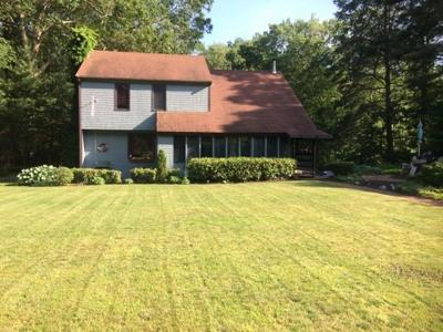 Norwell Single Family Home For Sale: 33 Rf Higgins Dr
