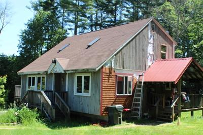West Brookfield Single Family Home For Sale: 37 Madden Rd