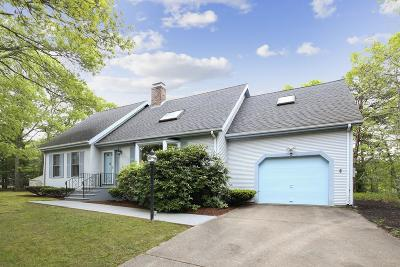 Barnstable Single Family Home For Sale: 93 Constant Lane