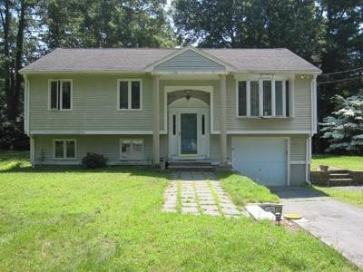 Taunton Single Family Home For Sale: 30 Edgehill Rd