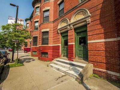 Multi Family Home Under Agreement: 882 Huntington Ave